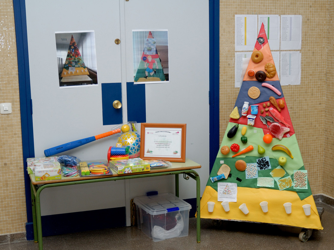 Comedor escolar cp luis gil for Proyecto de comedor infantil